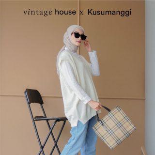 #StylingWithVH ala Kak @kusumanggi kali ini terlihat santai dan comfy, sehingga bisa jadi inspirasi outfit kumpul-kumpul sama teman kamu. - Savana Oversized Vest yang dikenakan bisa di-match dengan kemeja dan celana jeans. Hijabnya bisa menggunakan warna earth tone, dan tak lupa dengan tas yang punya perpaduan kedua warna tersebut! - Shopee: vintagehouseindonesia Tokopedia: vintagehouseindonesia WhatsApp: +62 821 16684949 - #VintageHouseID #ProudlyGrateful